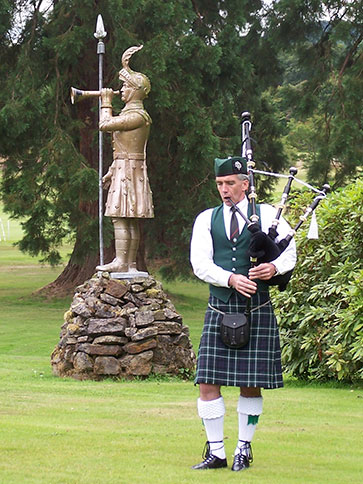 Scottish Bagpiper, Piping Teacher, Pipe Band Instructor